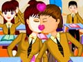 Игра School Student Kissing